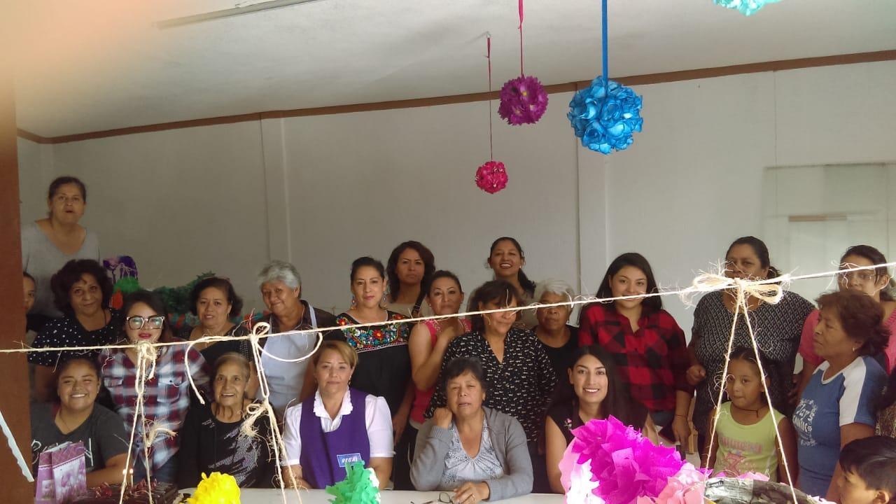 Tres-Cruces_Taller-Socioproductivo-en-Cartonería_11-septiembre-2019